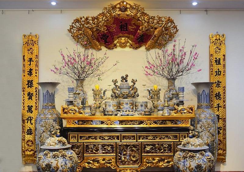 Bàn thờ gia tiên | Cách sắp xếp bàn thờ gia tiên đẹp mắt - tôn nghiêm